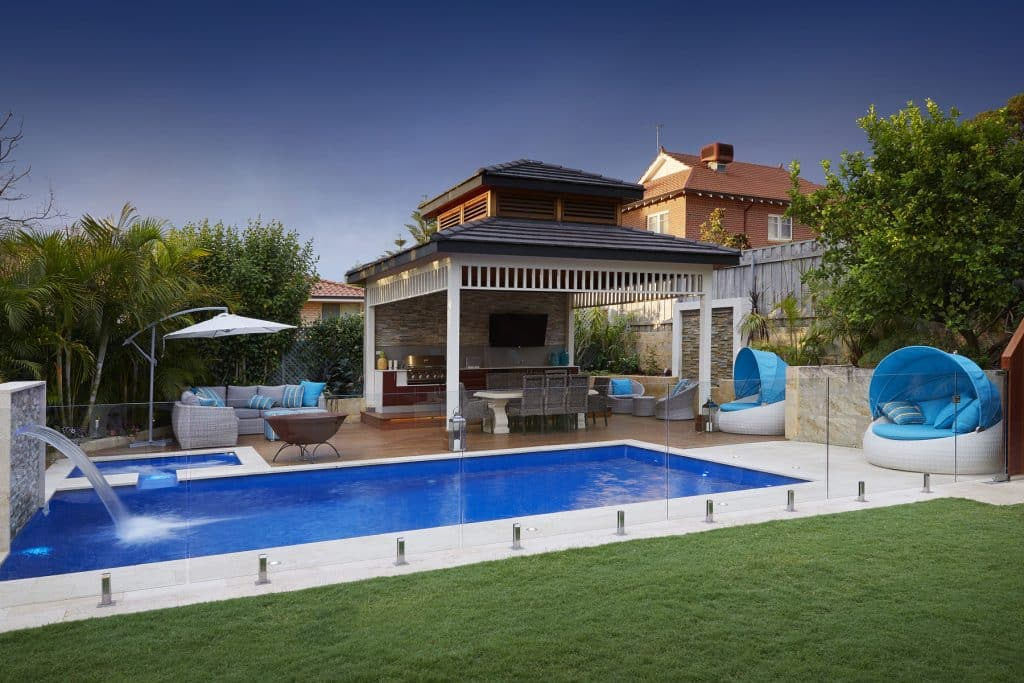 Pool Fencing In Perth Platinum Barriers Gate And Fence Specialists